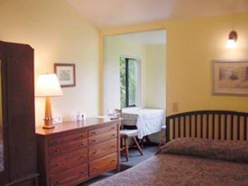 фото Harbor Inn 677459026