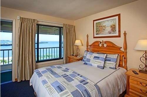 фото Sea & Sand Inn 677459133