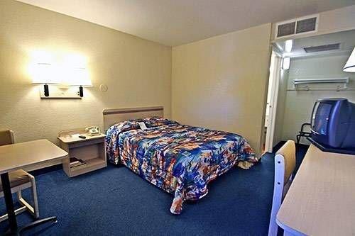 фото Motel 6 Turlock 677464735