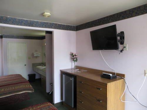 фото Executive Suites Inn 677466341