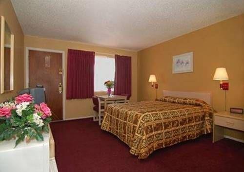 фото Econo Lodge Inn Suites Yreka 677466914