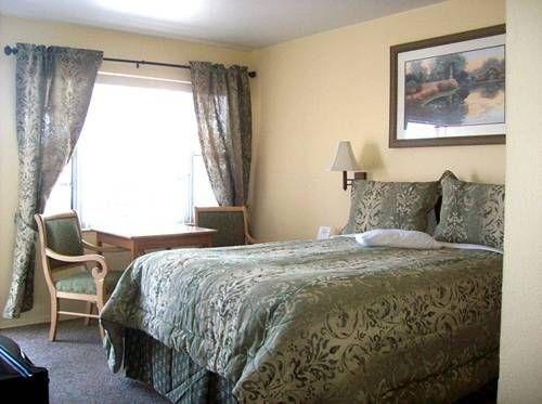 фото Columbine Motel 677472777