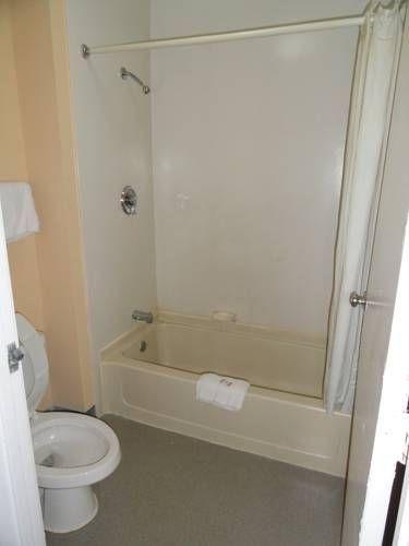 фото Travel Inn Motel 677478994