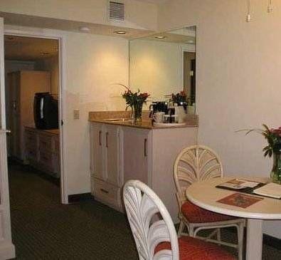 фото Guest Suites Of Boca Raton 677482923