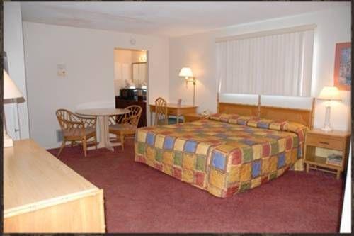 фото Sunrise Resort Motel South 677486142
