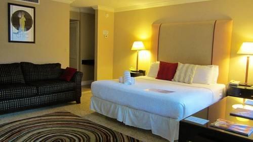 фото Schubert Resort ( Male Gay Resort) 677490592