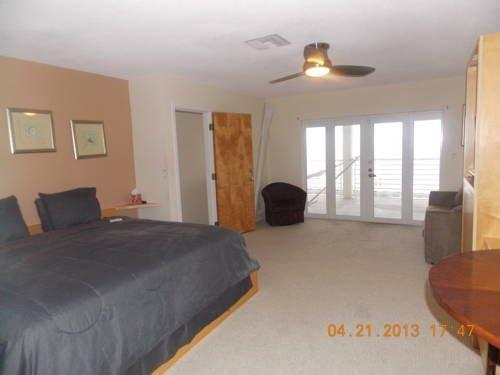фото Direct Ocean View House 677490612
