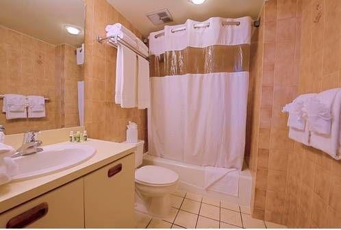 фото Key West Bayside Inn & Suites 677495812