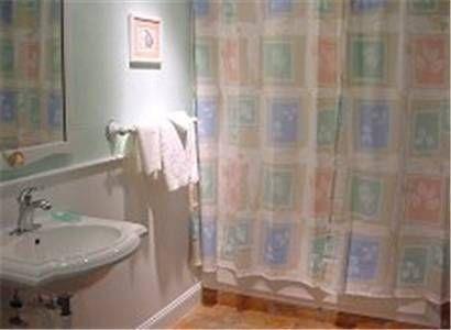 фото Longboard Inn Bed and Breakfast 677504939