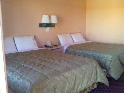 фото A1A Travel Inn 677508510