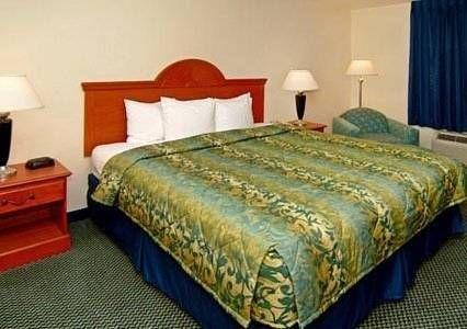 фото Sleep Inn & Suites 677510570