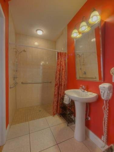 фото Bayfront Westcott House Bed & Breakfast 677511309