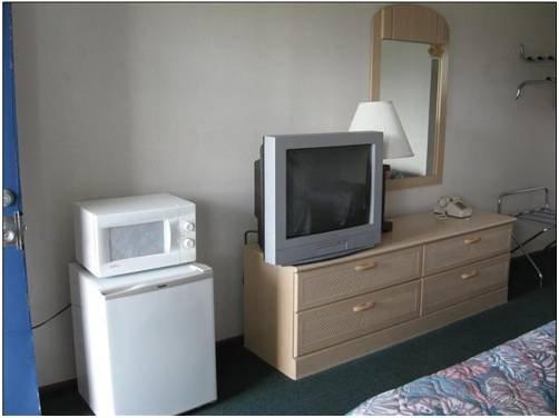 фото Economy Inn Sebring 677512823