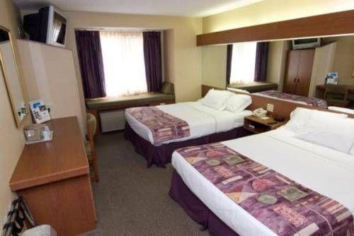 фото Microtel Inn & Suites by Wyndham Atlanta Buckhead Area 677516103