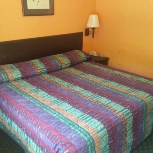 фото Travel Inn 677517033
