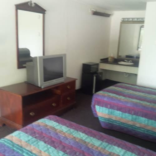 фото Travel Inn 677517035