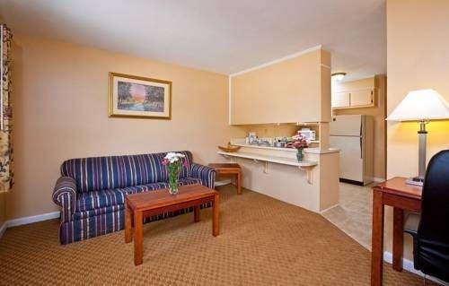 фото Executive Suites Inn Augusta 677517298