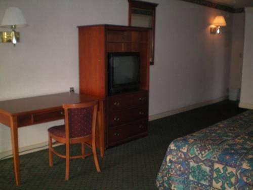 фото Executive Inn & Suites - Augusta 677517378