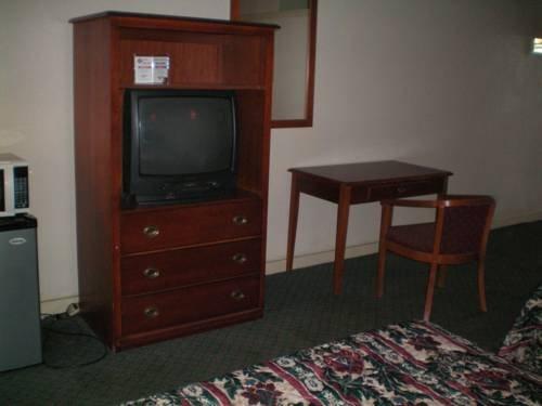 фото Executive Inn & Suites - Augusta 677517379