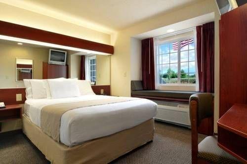 фото Microtel Inn & Suites by Wyndham Jasper 677519869