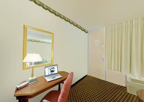 фото Americas Best Value Inn - Milledgeville 677521071
