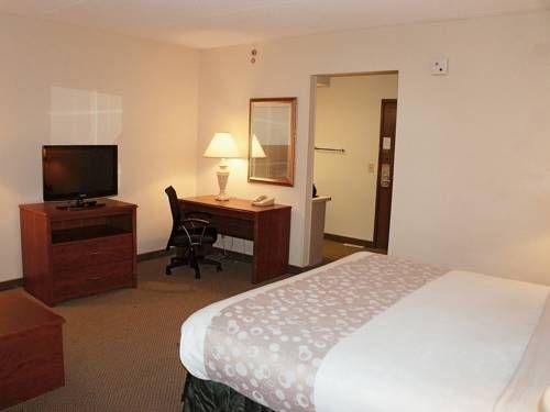 фото La Quinta Inn & Suites Atlanta Roswell 677522245