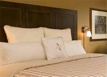 фото Holiday Inn Savannah Historic District 677522622