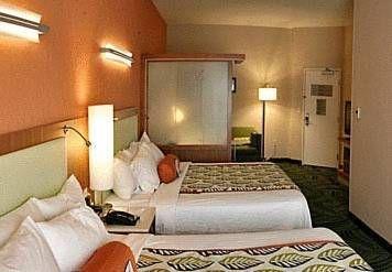 фото SpringHill Suites Statesboro University Area 677523233