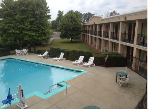 фото Red Roof Inn Atlanta Suwanee 677523462