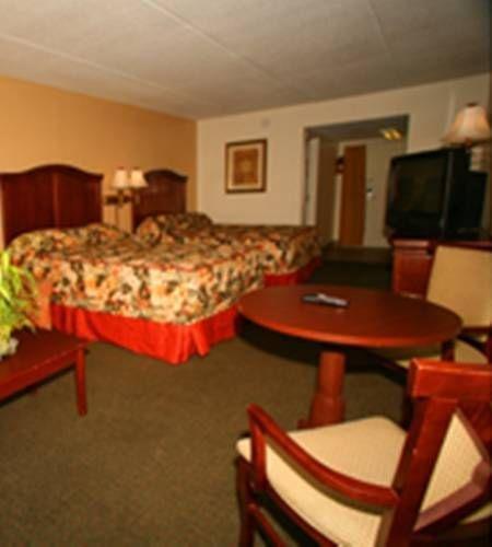 фото Dunes Inn & Suites - Tybee Island 677523710
