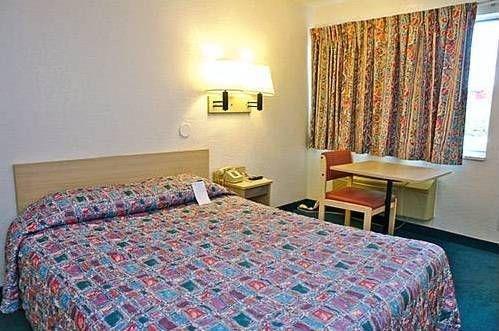 фото Motel 6 Valdosta - University 677523883