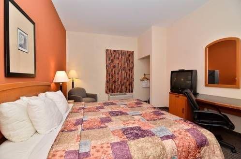 фото Sleep Inn & Suites 677523953