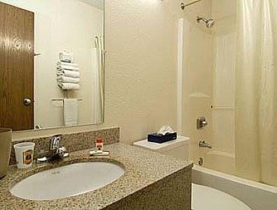 фото Super 8 Hotel 677524118