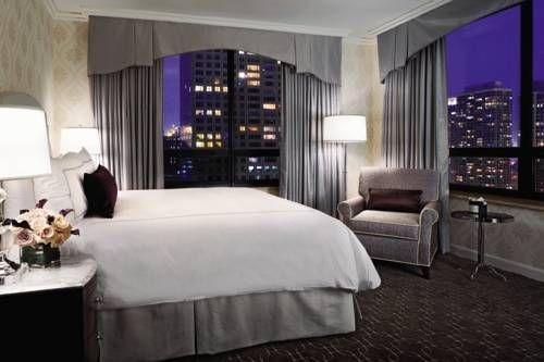 фото Ritz Carlton Chicago (A Four Seasons Hotel) 677533921