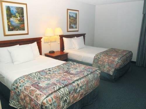 фото La Quinta Inn & Suites Chicago Gurnee 677536115