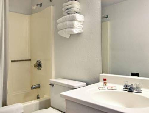 фото Super 8 Hotel Marion 677536804