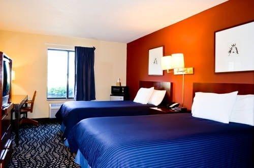 фото America's Best Value Inn Morton 677537183