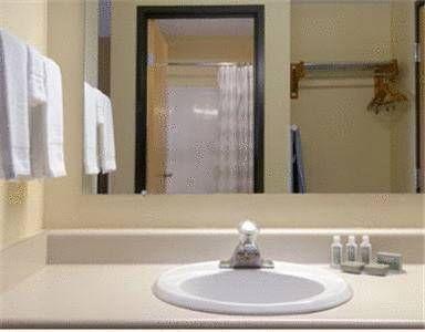 фото Baymont Inn and Suites Springfield 677539488