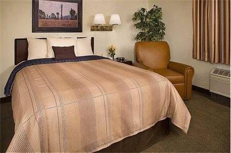 фото Candlewood Suites Chicago-Wheeling 677539846