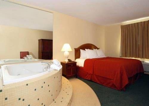 фото Magnuson Hotel Hammond 677541554