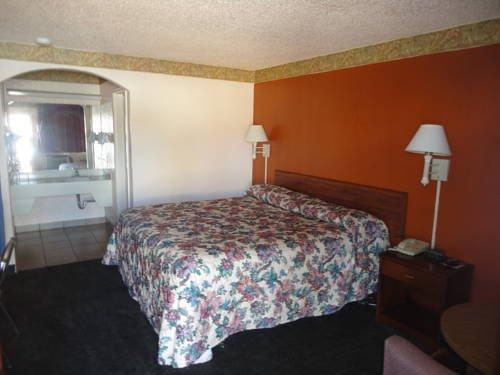 фото Astro Motel 677547289