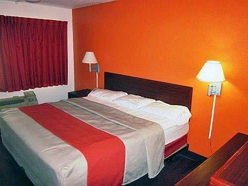 фото Motel 6 Elizabethtown 677549970