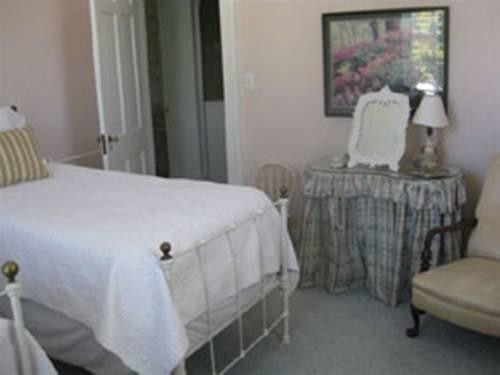 фото Myrtledene Bed and Breakfast 677550823