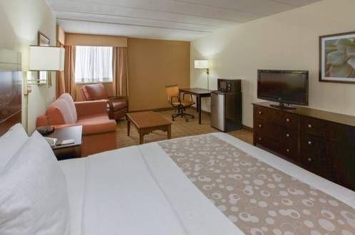 фото La Quinta Inn & Suites Portland, ME 677558775