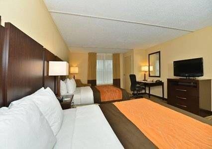 фото Comfort Inn & Suites Lexington Park 677561472