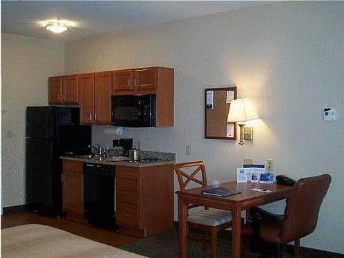 фото Candlewood Suites Aberdeen-Edgewood-Bel Air 677563029