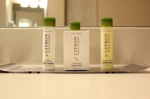 фото DoubleTree Club by Hilton Hotel Boston Bayside 677563703