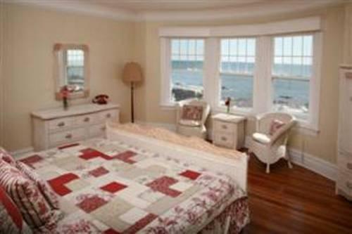 фото Ocean View Inn and Resort 677566094