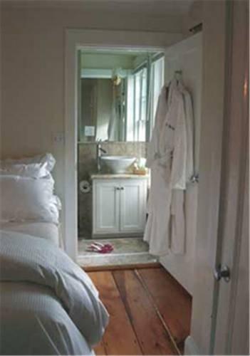 фото Vanessa Noel Hotel 677567196