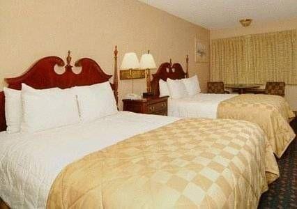 фото Hamilton Inn Select 677573428